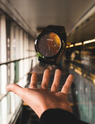 blogger outreach servive for watch brands